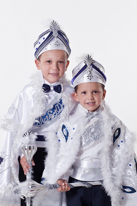 Enfant costume traditionnel cérémonie circoncision